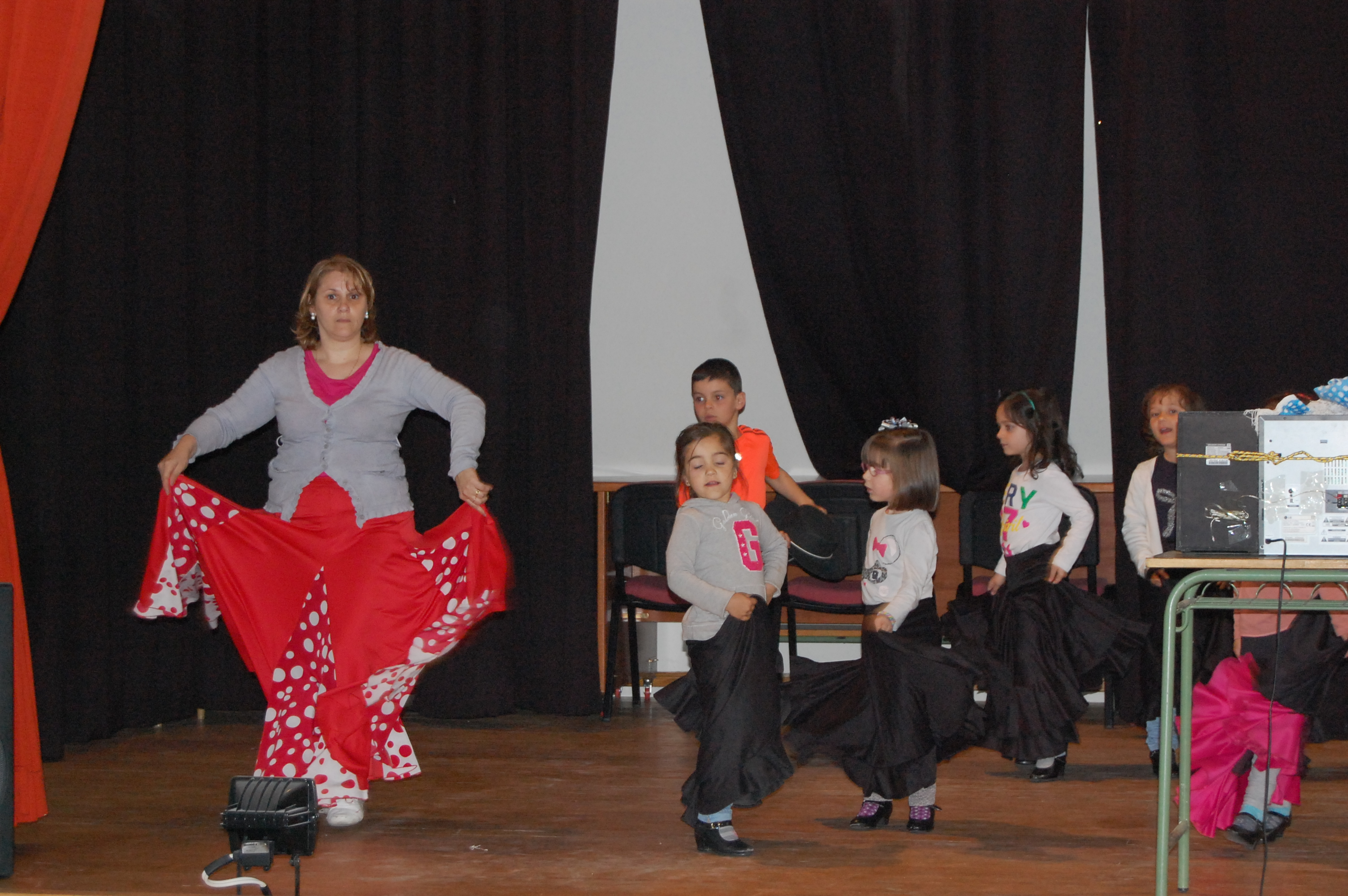 Sevillanas, flamenco y rumbas para el domingo de Feria