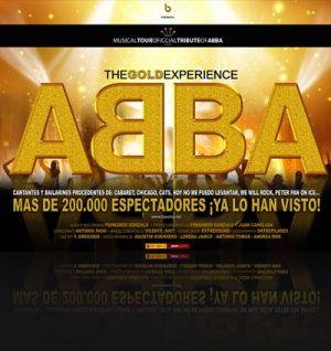 El espectáculo 'The Gold Experience ABBA' en la calle del Mercadillo
